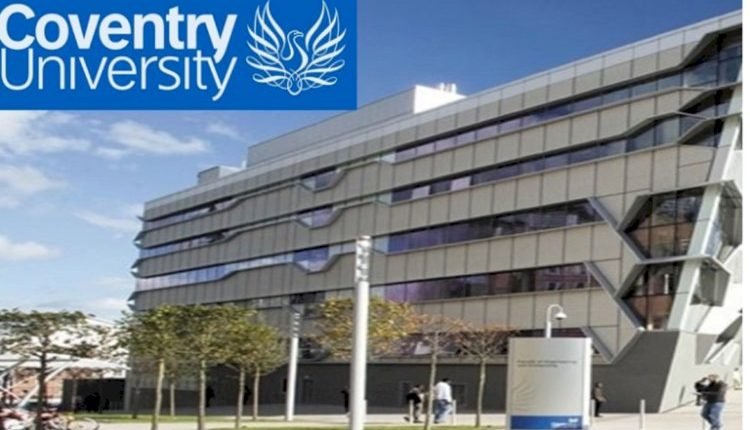 Phoenix-Entrepreneur-Award-At-Coventry-University_mopportunities.com